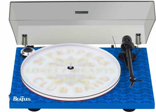 Pro-Ject Essential III,  Sgt. Pepper DRUM levysoitin