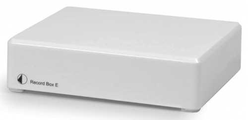 Pro-Ject Record Box E valkoinen, USB RIAA levysoitin esivahvistin