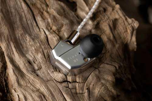 final B3 In-Ear-kuulokkeet