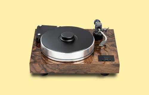 Pro-Ject XTension 10 Evolution levysoitin Ortofon TA110 äänivarrella
